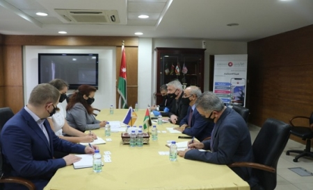 أوكرانيا تسعى لزياده حجم استثماراتها بالأردن