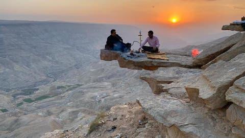 قرار بإقامة مشروع سياحي تنموي بمنطقة صخرة ذيبان و إجراءات لحماية الصخرة