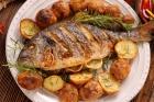 استبدال اللحوم الحمراء بالأسماك يحمي من أمراض القلب