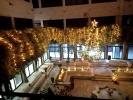لأول مرة في تاريخ الجامعة الأردنية د. محمد القطاطشة يضيء شجرة عيد الميلاد- صور