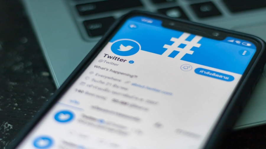 تويتر تغلق حساب سفارة الصين