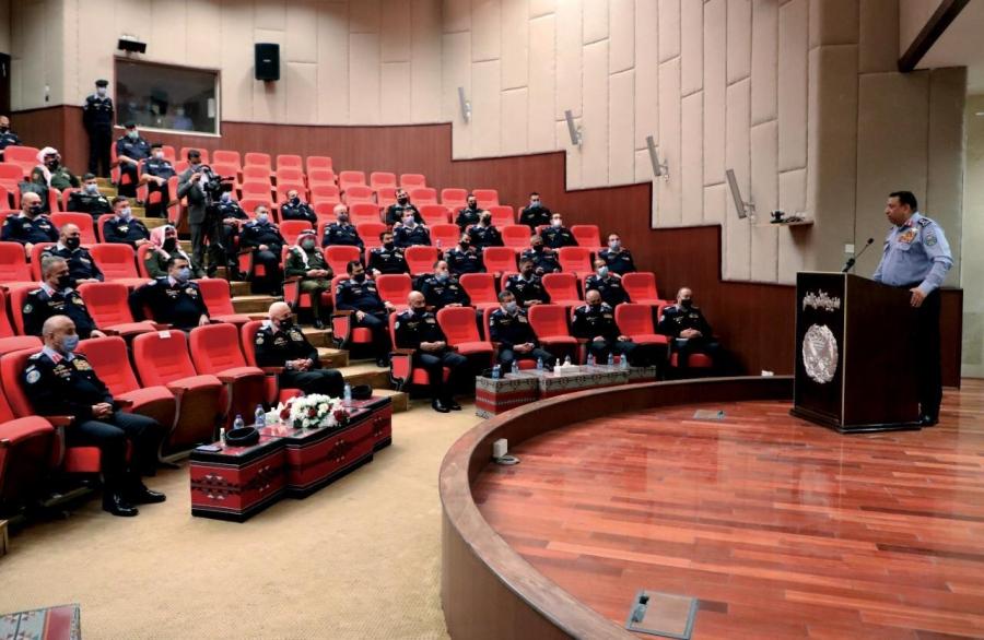 الحواتمة  تطوير عمل مراكز الأمن والدفاع المدني على سلم الأولويات